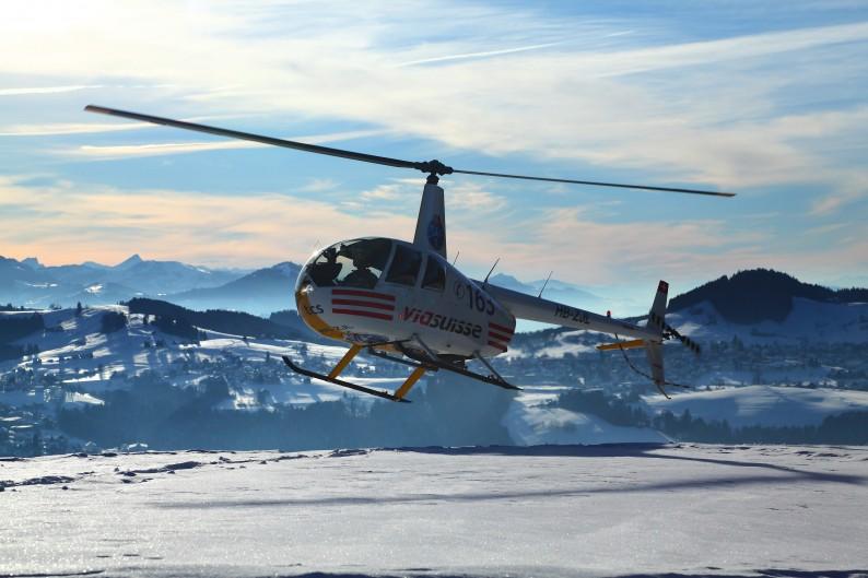 R44 final approach